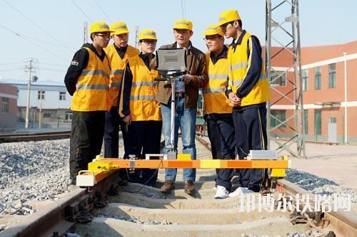 贵州适合男生的铁路学校专业